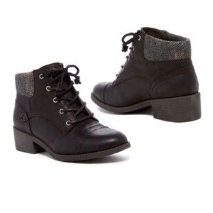 Sperry Top-Sider Black Juniper Quay Ankle Booties